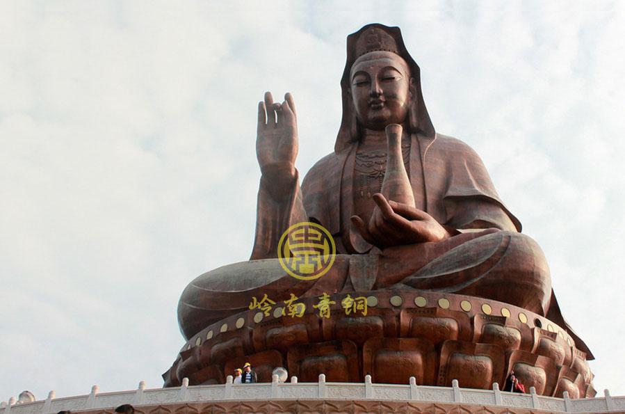 南海西樵山观音大佛(高61.9米)