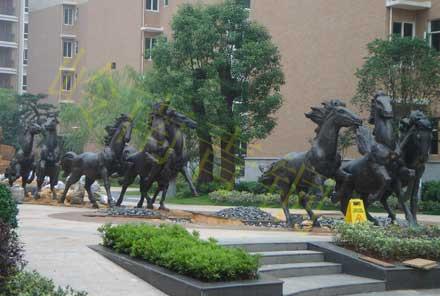 长沙《八骏马》动物雕塑